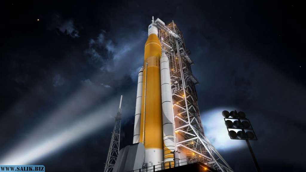 SLS (Space Launch System).