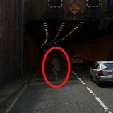 Призрак на дороге