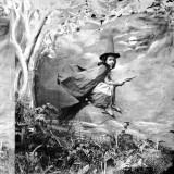 Маленькая ведьма на метле, примерно 1865 год
