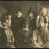 Обычная хэллоуинская вечеринка, примерно 1900 год