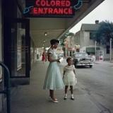 Отдельный вход для цветных в супермаркет в Алабаме, 1956 год.