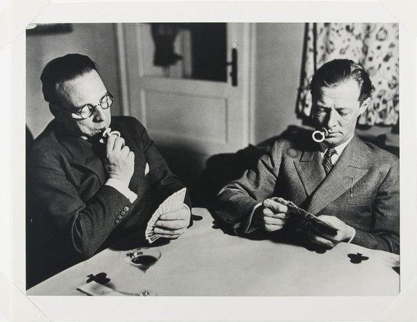 Карточные игроки, бросившие курить. 1931 г.