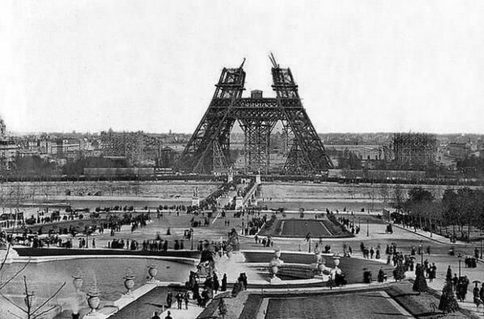 Строительство Эйфелевой башни в 1880 год