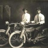 Уильям Харли и Артур Дэвидсон — учредители мотоциклов Harley Davidson – 1914 год