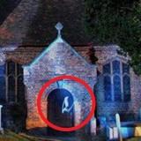 Фото привидения в Англии