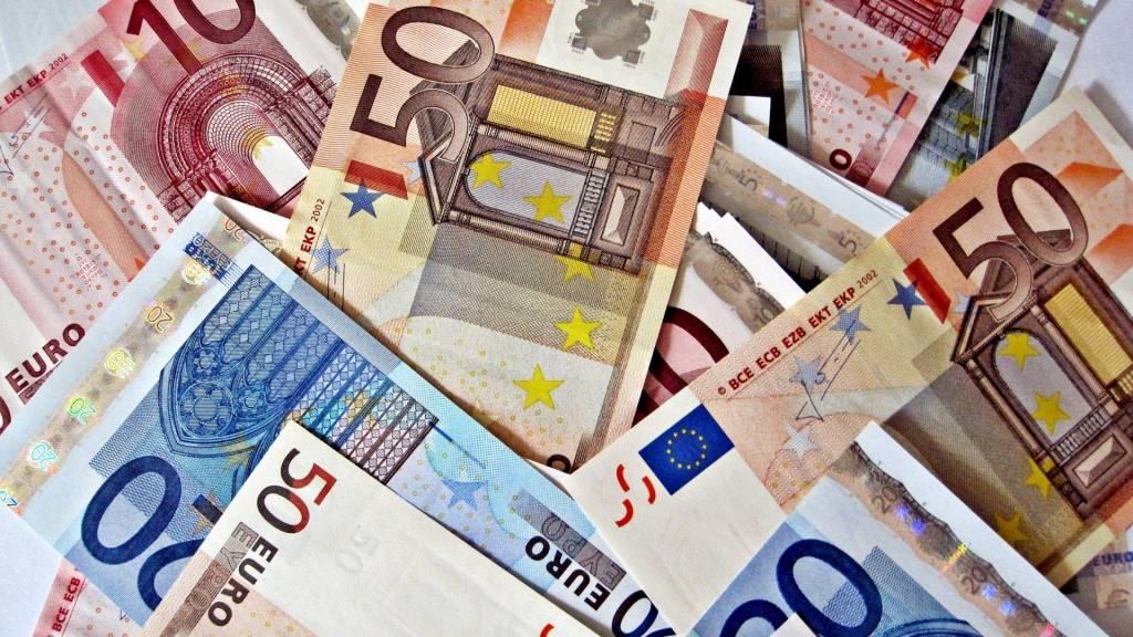 Заговор на деньги в воскресенье магия денег как вернуть удачу