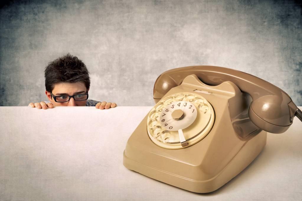 незнакомым приколы людям телефон на звонки