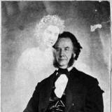 Фотография Уильяма Маммлера с призраком