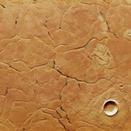 Пролетая над кратерами Марса