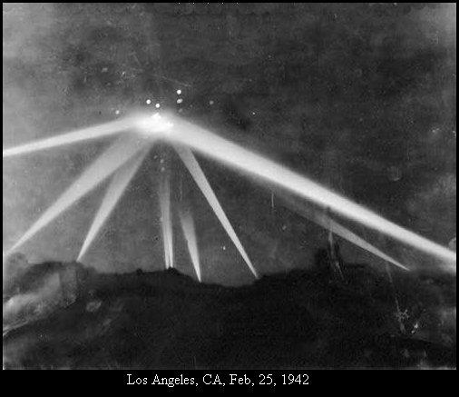 НЛО, 1942 год – Лос-Анджелес, штат Калифорния.
