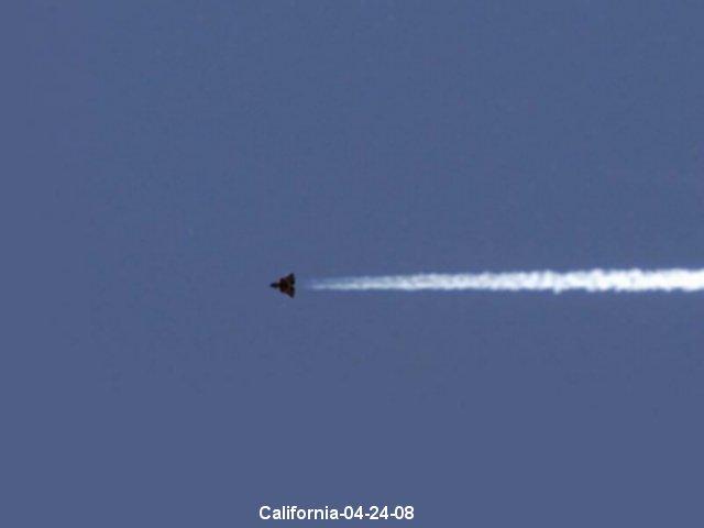 НЛО, 24 апреля, 2008 год – штат Калифорния.