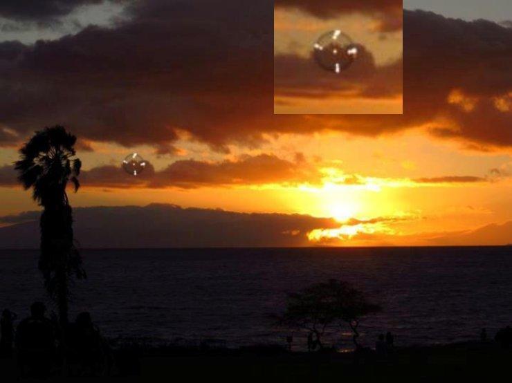 НЛО, 18 июля, 2012 год – Мауи, Гавайи.