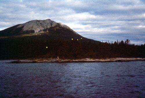 Огни над озером Tagish (Юкон, Канада) (1998 год)