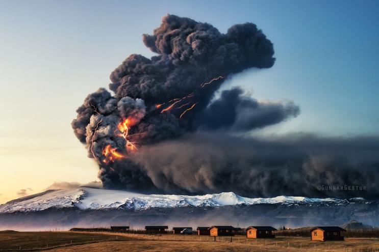 Эйяфьятлайокудль в 2010 году, Исландия