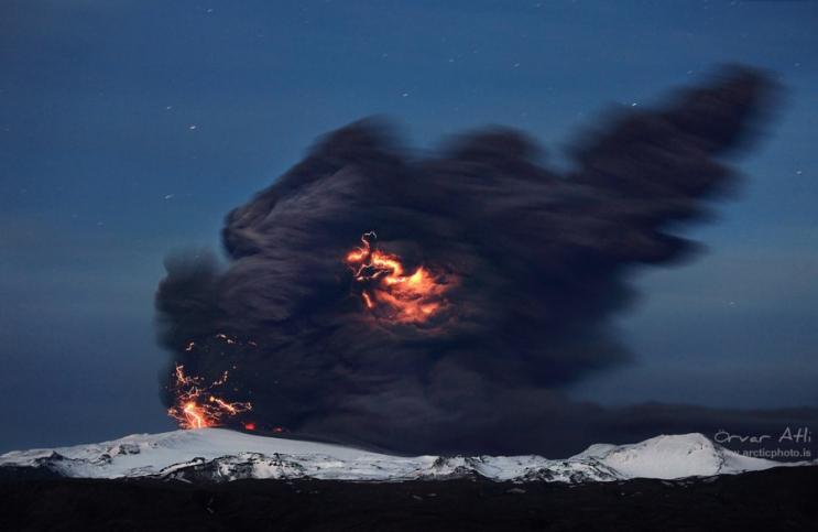 Извержение горы Бромо