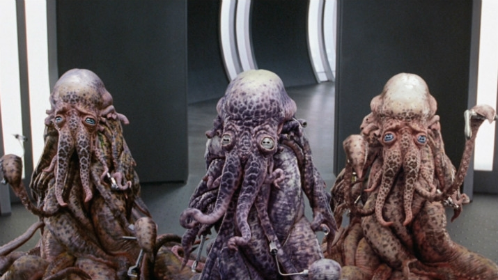 Хорошее зрение, умение общаться и щупальцы для захвата вещей — вот необходимые атрибуты для разумной подводной расы инопланетян.