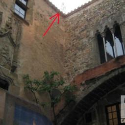 Тольяттинец снял привидение на крыше замка жены Сальвадора Дали