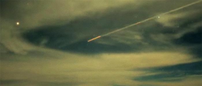 НЛО над вулканом Мауна-Кеа