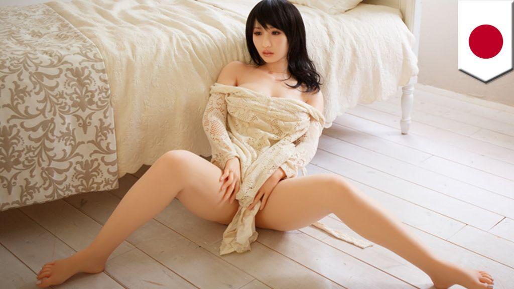 Японский секс с куклой