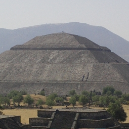 Пстроил пирамиду порно фото 375-231