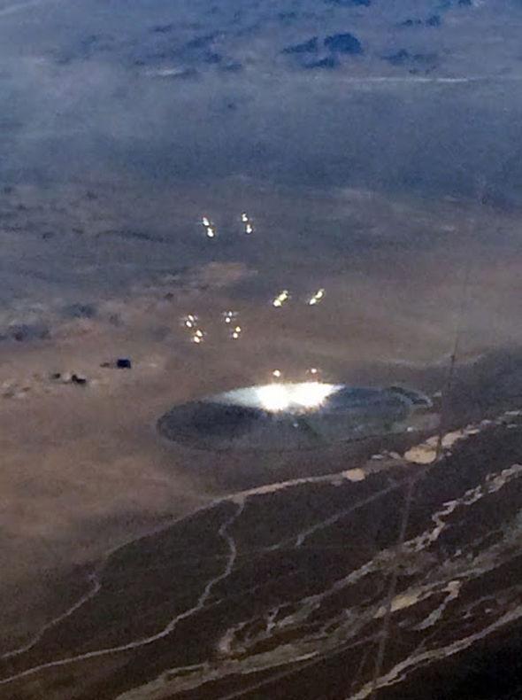 Фотография НЛО над Зоной 51