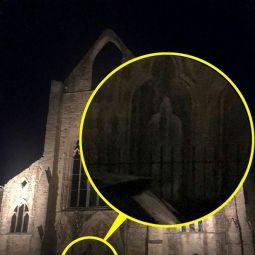 Призрак в старинном аббатстве