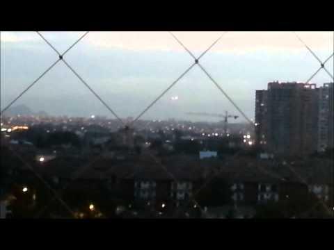 Видео НЛО в небе Чикаго и Сантьяго