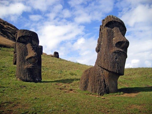 Тайны острова Пасхи: Моаи - исполины.