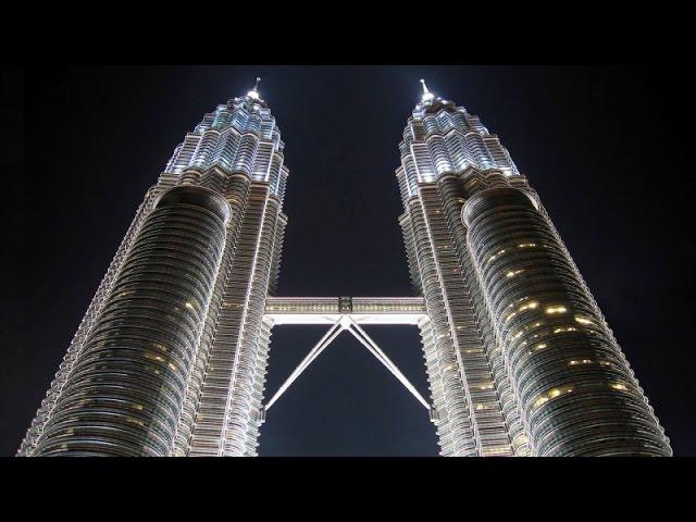 Труднейший в мире ремонт: Мост между небоскребами