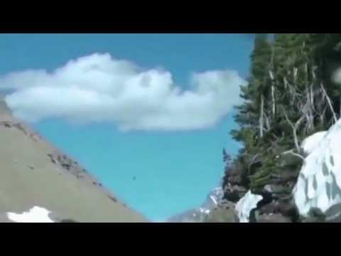 НЛО пролетело перед камерой