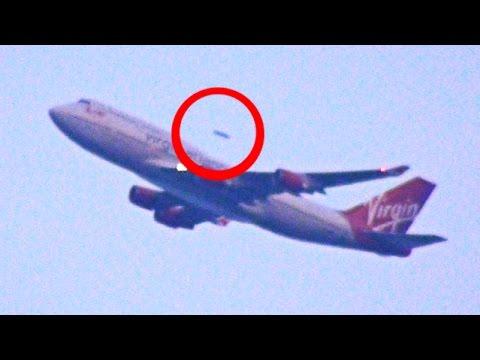 НЛО обогнал самолет видео