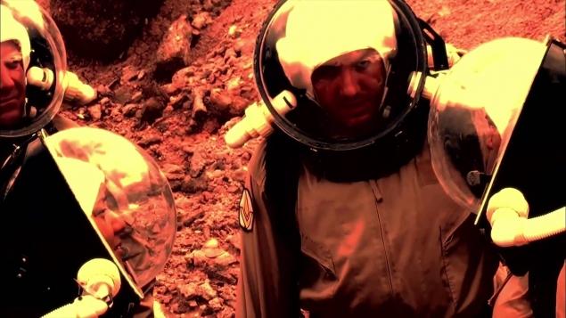 Первый полет на Марс. Вселенная.