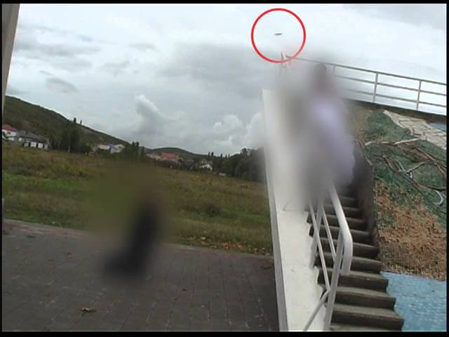 Во время съемки свадьбы в кадр попало НЛО.  Новороссийск.