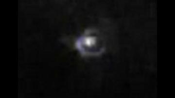 НЛО наблюдалось во время прямой трансляции SpaceX Falcon Heavy. Видео 2