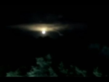 Свечение и НЛО в небе над Торонто