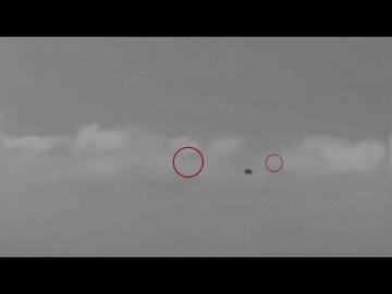В Калифорнии заметили группу НЛО