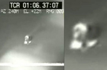 НЛО над базой ВВС Неллис в Лас-Вегасе, штат Невада