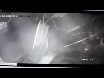 После полета привидения в ТЦ Ставрополя рухнул потолок