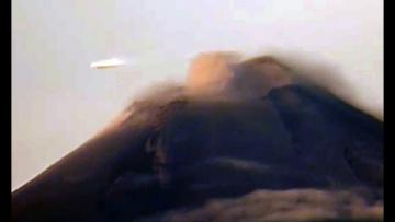 Дискообразный НЛО был замечен над вулканом Попокатепетль