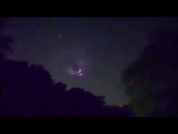 Таинственный мигающий Объект в небе над Нью-Джерси