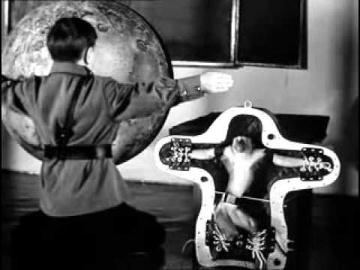 Первые на луне (2005)