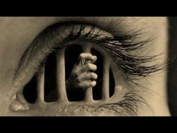 Почему глаза людей не видят настоящую реальность?