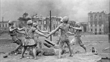 Сталинград допотопный. И третья сила
