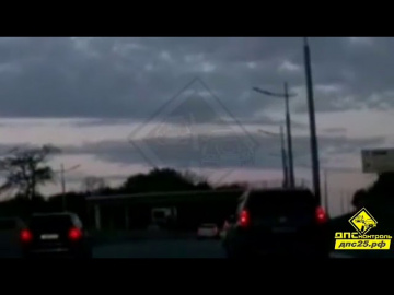 Неопознанный светящийся объект в небе увидели многие жители Приморья
