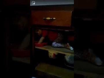 Рука призрака в шкафу