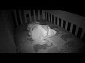 Привидение мешает младенцу спать