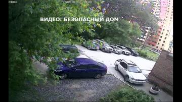 Полтергейст атаковал машину в Новосибирске