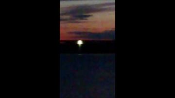 В Швеции большой НЛО выкачивал воду из озера