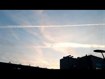 Москва. Химтрейлы на Закате.13.10.2020.Moscow. Chemtrails at Sunset.