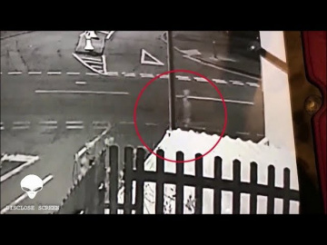 Призрака сняли на улице в Уэльсе